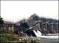 The Shihkhang Dam Ruptured by the Chi-Chi Earthquake